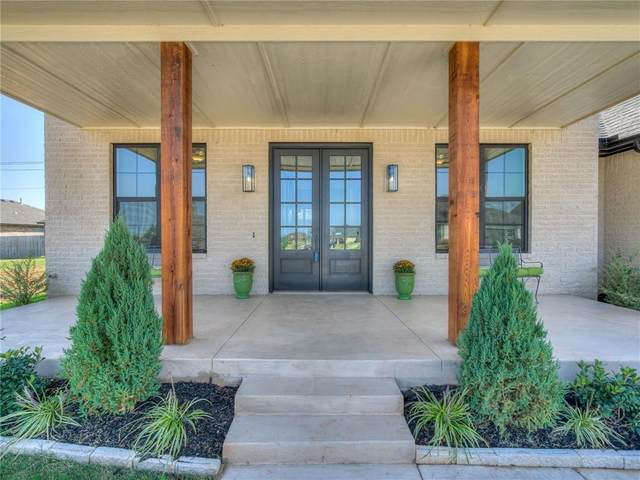 8904 NW 130th Street, Oklahoma City, OK 73142 (MLS #924465) :: Homestead & Co
