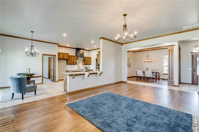 3229 NW 192nd Terrace, Edmond, OK 73012 (MLS #925146) :: Erhardt Group at Keller Williams Mulinix OKC