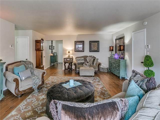 2525 NW 62nd Street #202, Oklahoma City, OK 73112 (MLS #925322) :: ClearPoint Realty