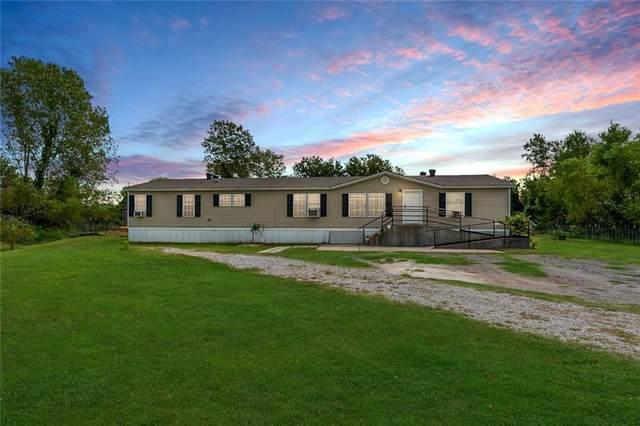 9624 Shady Court, Newalla, OK 74857 (MLS #927394) :: Homestead & Co
