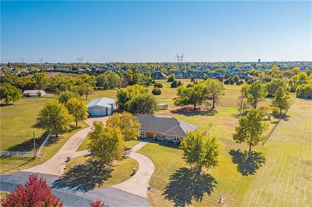 10624 Hames Boulevard, Mustang, OK 73064 (MLS #930804) :: Homestead & Co