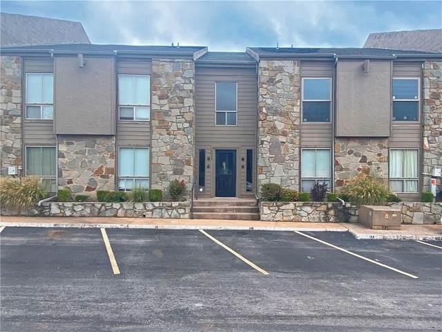 6008 N Pennsylvania Avenue #15, Oklahoma City, OK 73112 (MLS #931271) :: Homestead & Co