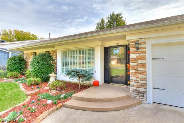 1716 Westminster Place, Nichols Hills, OK 73120 (MLS #932340) :: Homestead & Co