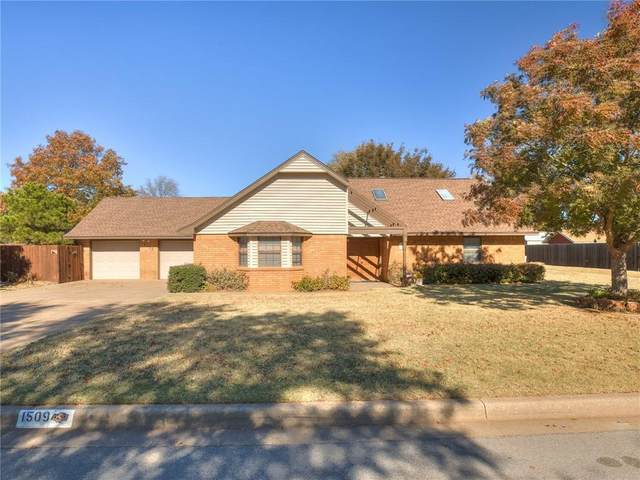 1509 Steiner Road, Weatherford, OK 73096 (MLS #933162) :: The UB Home Team at Whittington Realty
