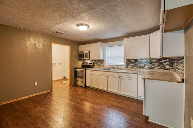 619 W C Avenue, Elk City, OK 73644 (MLS #938194) :: KG Realty