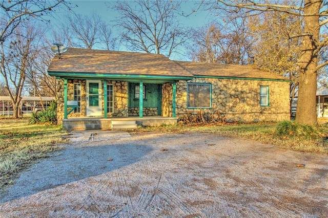 608 W Kiowa Street, Lindsay, OK 73052 (MLS #938276) :: Homestead & Co