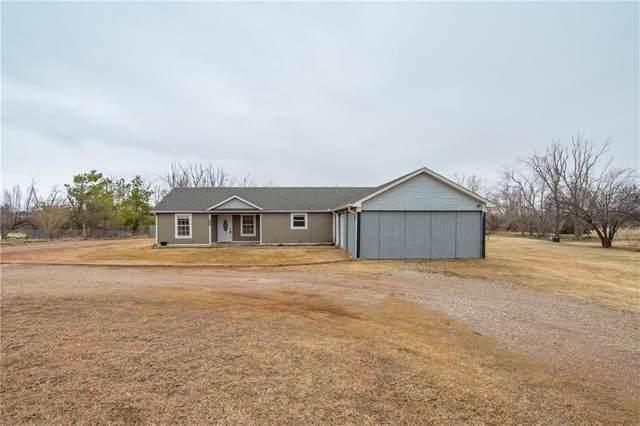 2083 Fox Lane, Tuttle, OK 73089 (MLS #938500) :: Homestead & Co