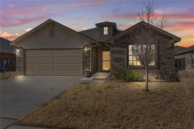 2908 Trailwood Drive, Norman, OK 73069 (MLS #941483) :: Homestead & Co