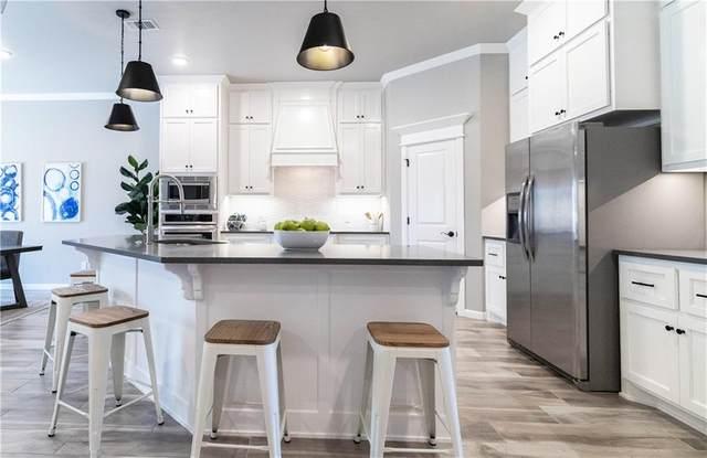4124 Armstead Avenue, Edmond, OK 73012 (MLS #943749) :: Homestead & Co