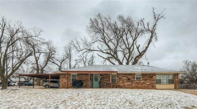 1301 W Mansur Avenue, Guthrie, OK 73044 (MLS #944447) :: The UB Home Team at Whittington Realty