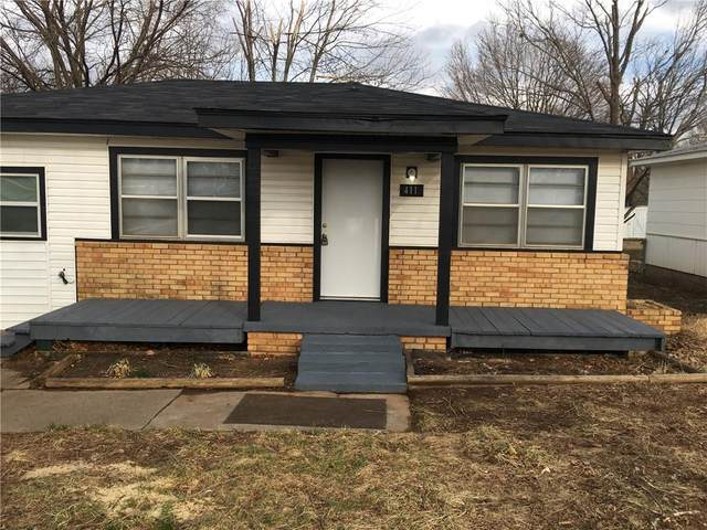 411 N Main Street, Noble, OK 73068 (MLS #945048) :: The UB Home Team at Whittington Realty