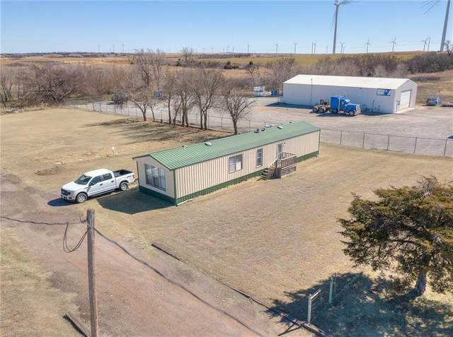 10310 N 2370 Road, Weatherford, OK 73096 (MLS #945563) :: Your H.O.M.E. Team