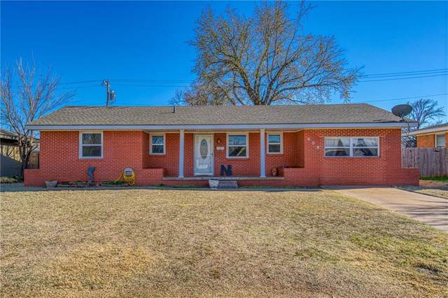 808 Standifer Road, Elk City, OK 73644 (MLS #950304) :: Maven Real Estate