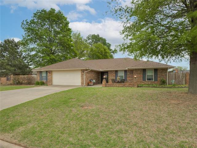 2220 Berry Street, Weatherford, OK 73096 (MLS #950779) :: Keller Williams Realty Elite