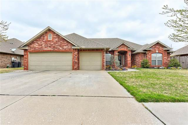 1905 SW 31st Street, Moore, OK 73170 (MLS #952853) :: Homestead & Co