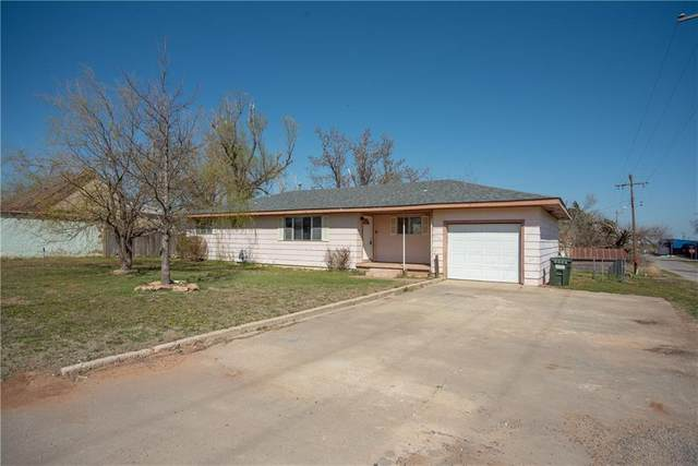 115 S Main Street, Sharon, OK 73857 (MLS #953373) :: Homestead & Co