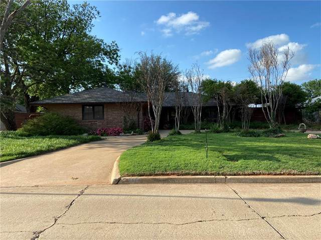 1525 Pine Avenue, Weatherford, OK 73096 (MLS #958153) :: Erhardt Group