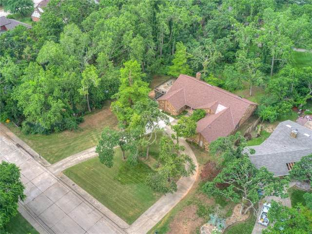 2301 Brookhaven Drive, Edmond, OK 73034 (MLS #960675) :: Keller Williams Realty Elite