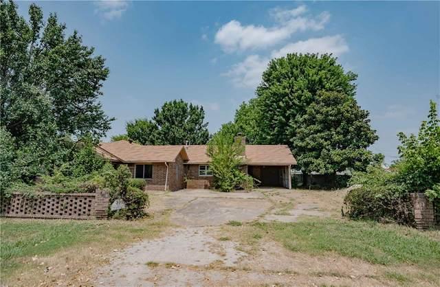 305 W Hughes Street, Wayne, OK 73095 (MLS #967520) :: Maven Real Estate