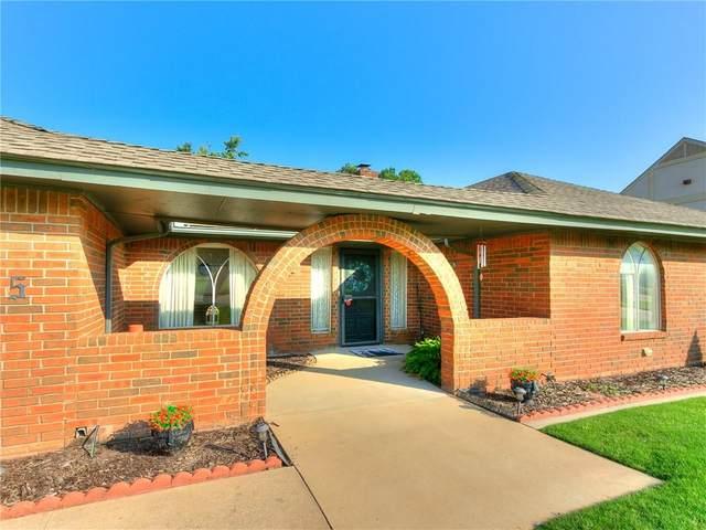 10905 Greenbriar Chase, Oklahoma City, OK 73170 (MLS #970785) :: The UB Home Team at Whittington Realty