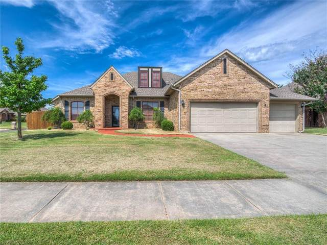 3321 Red Maple Lane, Moore, OK 73170 (MLS #971329) :: Sold by Shanna- 525 Realty Group