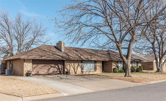 600 N Pecan Street, Weatherford, OK 73096 (MLS #797392) :: Barry Hurley Real Estate
