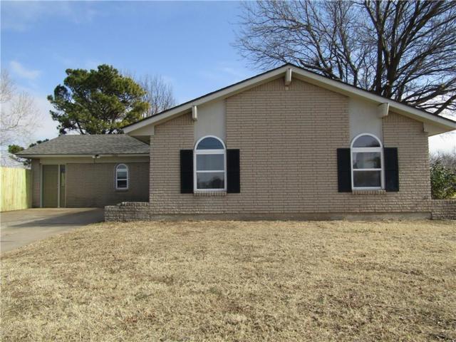 1061 NW 2nd, Moore, OK 73160 (MLS #802284) :: Homestead & Co