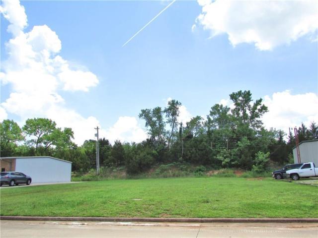 35th, Shawnee, OK 74804 (MLS #813431) :: Wyatt Poindexter Group