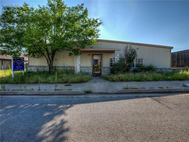 2411 Main Street, Choctaw, OK 73020 (MLS #850457) :: Homestead & Co