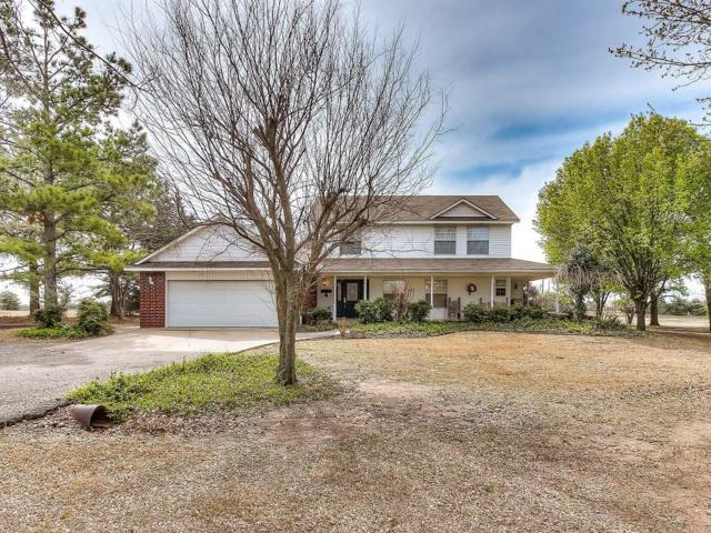 109 Lee Ann Lane, Shawnee, OK 74804 (MLS #858543) :: Erhardt Group at Keller Williams Mulinix OKC