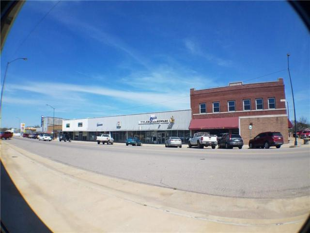 105 N Main Street, Wetumka, OK 74883 (MLS #860121) :: Denver Kitch Real Estate