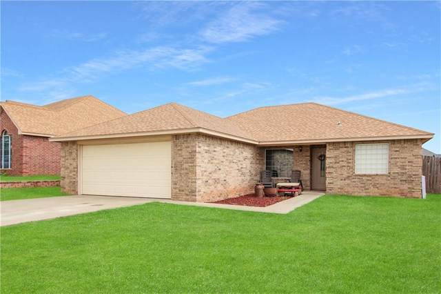 311 Ridgecrest, Elk City, OK 73644 (MLS #881252) :: Homestead & Co