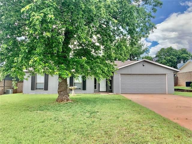 117 Coral Avenue, Elk City, OK 73644 (MLS #894774) :: Homestead & Co