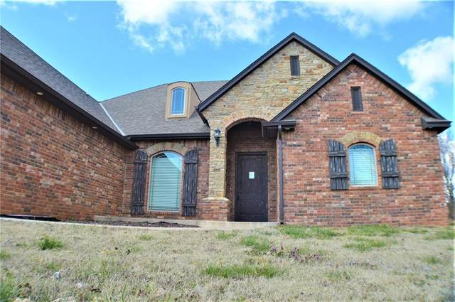 24953 Tanglewood Street, Blanchard, OK 73010 (MLS #901408) :: Homestead & Co
