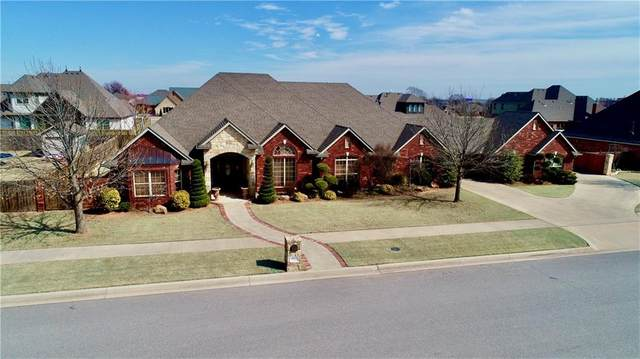 1312 N Birch Street, Weatherford, OK 73096 (MLS #902351) :: Homestead & Co