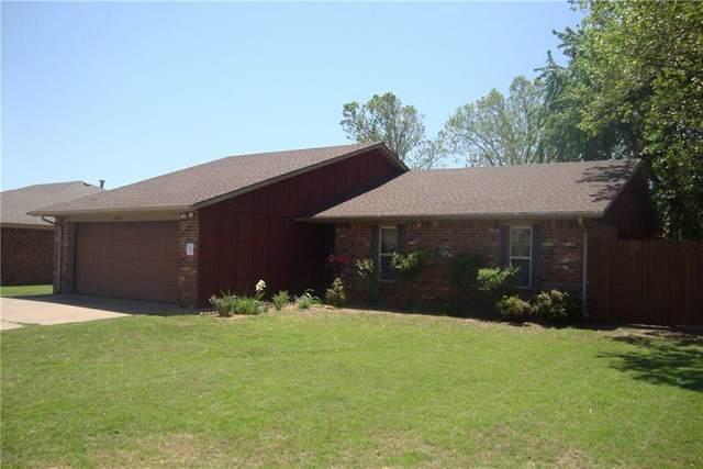 2304 Morgandee Lane, Weatherford, OK 73096 (MLS #905892) :: Homestead & Co