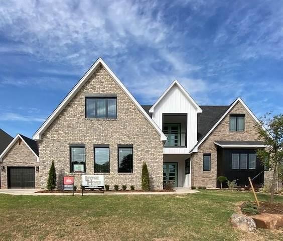 8201 Ridge Creek Drive, Edmond, OK 73034 (MLS #908665) :: Homestead & Co