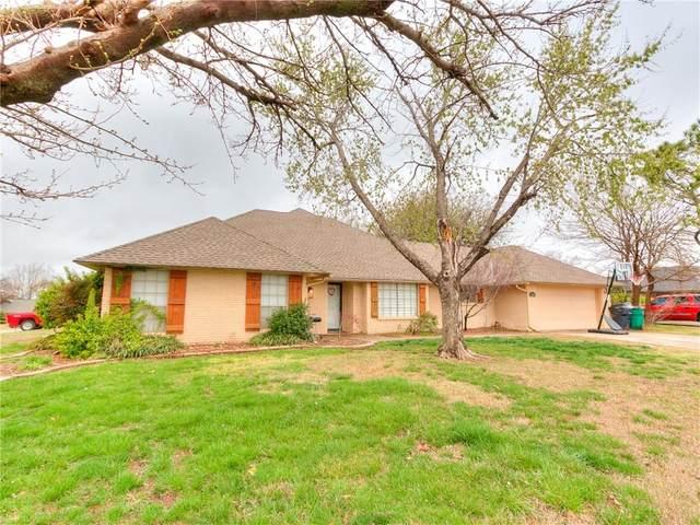 12401 Green Valley Drive, Oklahoma City, OK 73120 (MLS #909904) :: Keri Gray Homes