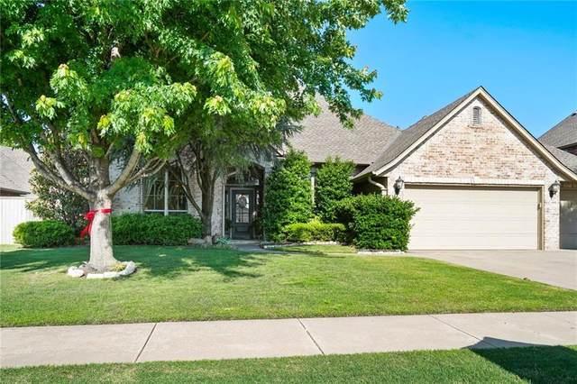 3105 White Cedar Drive, Moore, OK 73160 (MLS #912128) :: Homestead & Co