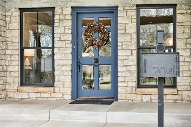 1204 Belford Avenue, Nichols Hills, OK 73116 (MLS #913837) :: Homestead & Co