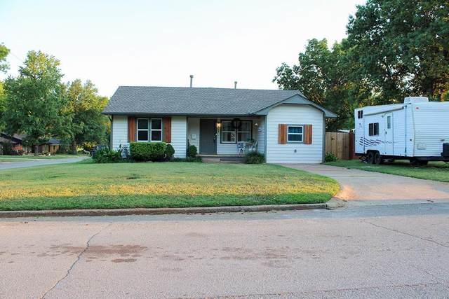 600 W Monroe Street, Purcell, OK 73080 (MLS #916925) :: Keri Gray Homes