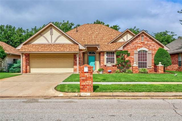 15205 Summit Parke Drive, Edmond, OK 73013 (MLS #923850) :: Erhardt Group at Keller Williams Mulinix OKC