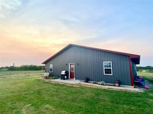 45639 110th Street, Byars, OK 74831 (MLS #923929) :: Homestead & Co