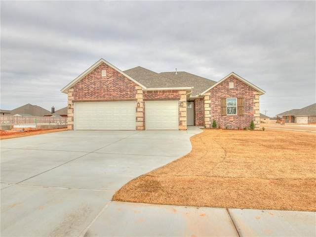 1711 W Zachary Way, Mustang, OK 73064 (MLS #930836) :: The UB Home Team at Whittington Realty