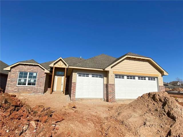 2817 Summit Crossing Parkway, Norman, OK 73071 (MLS #934823) :: Your H.O.M.E. Team