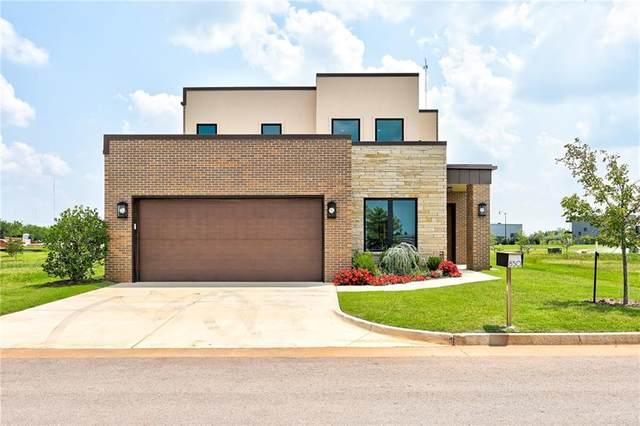 850 NW 72nd Street, Oklahoma City, OK 73116 (MLS #940099) :: The UB Home Team at Whittington Realty