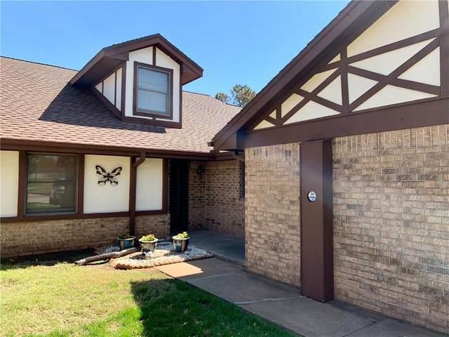 3207 Brookridge Street, Chickasha, OK 73018 (MLS #953887) :: Erhardt Group at Keller Williams Mulinix OKC