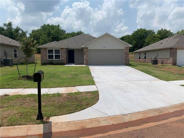 204 Tuscany Circle, Noble, OK 73068 (MLS #956092) :: ClearPoint Realty