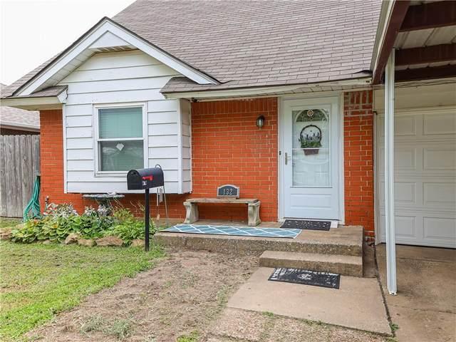 132 SW 13th Street, Moore, OK 73160 (MLS #957905) :: ClearPoint Realty