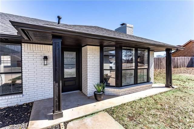 1812 Pamela, Weatherford, OK 73096 (MLS #889072) :: Homestead & Co